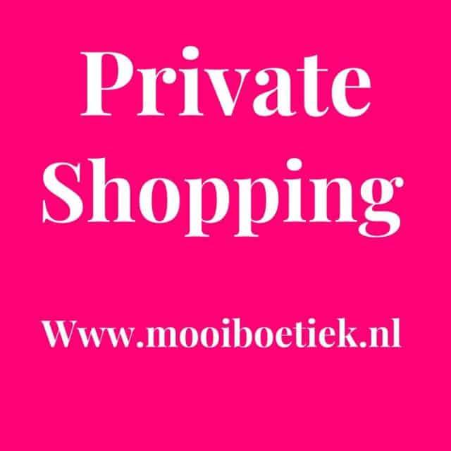 Voor donderdag 4 maart hebben we nog 2 plekjes vrij, 10.30 en 13.30. Uiteraard ben je ook welkom als je wilt komen kijken, bijvoorbeeld bij onze SuperSale (alleen in de winkel), alles voor €10 en €15. Boek nu je afspraak via deze link   https://www.mooiboetiek.nl/shop-afspraak/  Tot snel!  #mooiboetiek #steundelokaleondernemer #nieuwecollectie #sale #supersale
